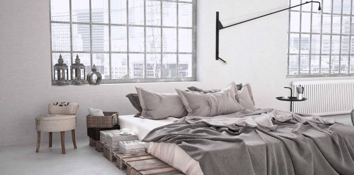 Chambre déco industrielle avec lit palettes