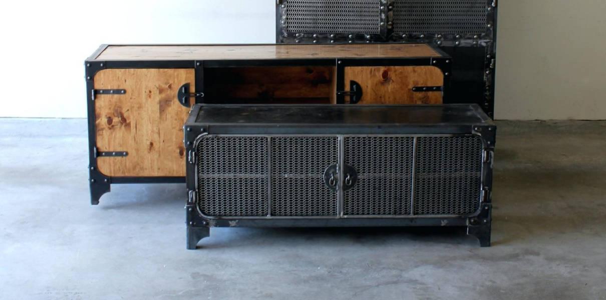 Le mobilier industriel, alliance parfaite du bois et du métal