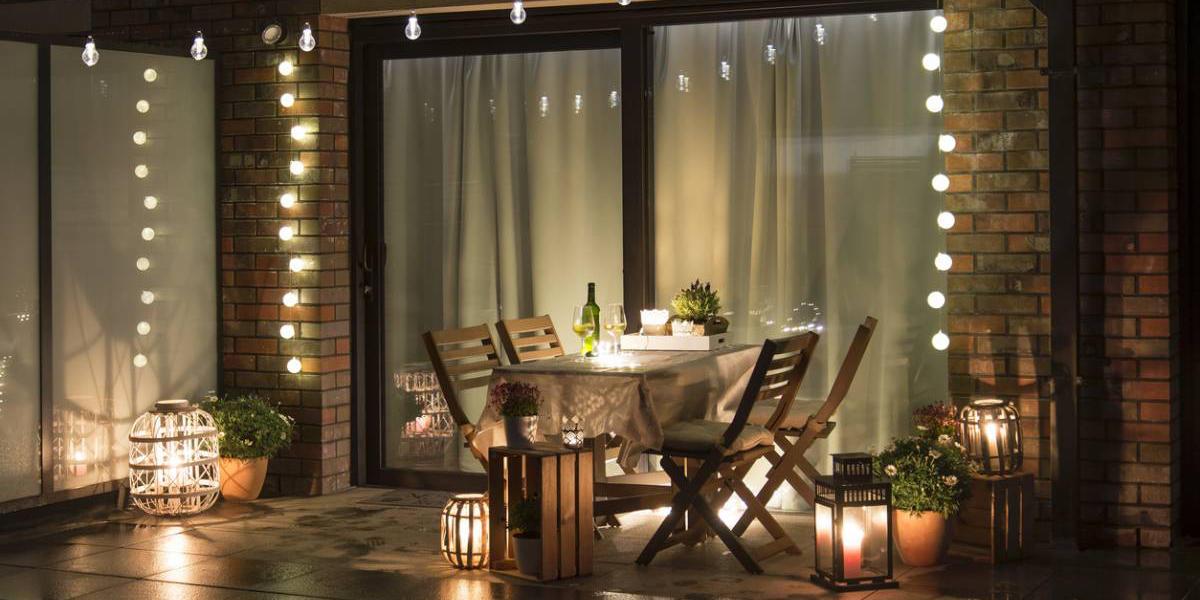 Salon de jardin couvert, comment réussir une décoration industrielle originale ?